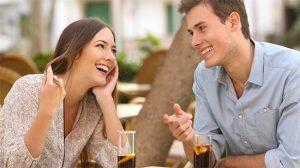Tập trung và mỉm cười trong cuộc hẹn hò